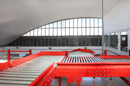 Conveyor Rollers in Sorting and Shipping Warehouse