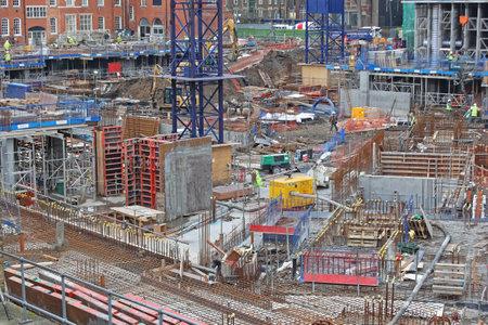 Londra, Regno Unito - 25 gennaio 2013: Grande cantiere edile a Southwark a Londra, Regno Unito.