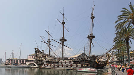GENOA, ITALY - JULY 14, 2013: Neptune Galeon Pirate Ship Docked at Port in Genoa, Italy. 에디토리얼