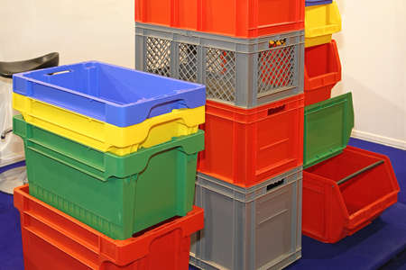 Plastic Crates and Bins For Delivery Shipping