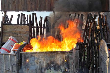 Burning Dumpster Fire Smoke Pollution Communal Problem