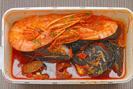 Mussels Molluscs Shrimps Mediterranean seafood in Takeaway Box