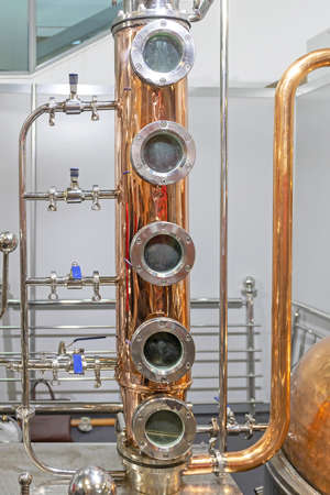 Copper Distilling Column Alcohol Still Brewery Equipment