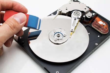 disco duro: Unidad de disco duro borrado de datos Foto de archivo