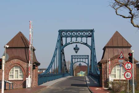 blue bridge in Wilhelmshaven Stockfoto