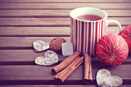 red tea: Hot winter tea and christmas decoration
