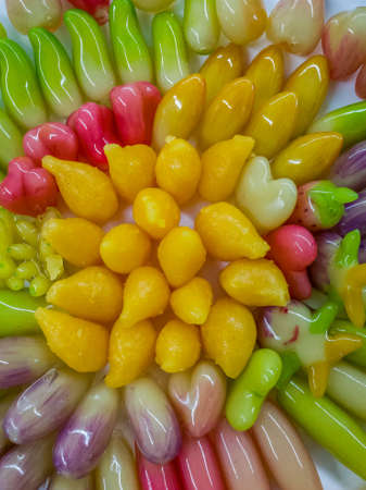 gelatina: Los postres chapados a base de judías verdes. Recubierto con gelatina