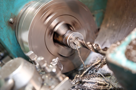 Metalworking industry: workpiece drilling on lathe machine Imagens