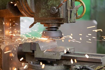 Metalworking industry: high speed metal milling and turning with flying sparks Imagens