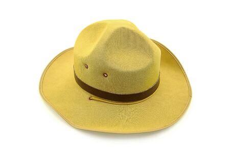 ボーイ・スカウトは、白い背景で隔離の帽子