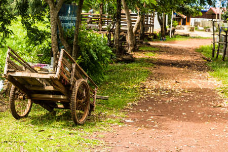 Wooden cart Stock Photo - 21862766