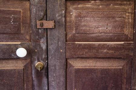 3 つのロック付き古い木製ドア 写真素材