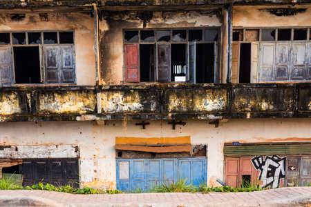 ラオス、ビエンチャンの植民地時代の遺跡。