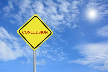 assess: Write a CONCLUSION on sing road Stock Photo