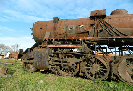 steam locomotive: Large, old steam locomotive, which for years waiting for repair and Museum.