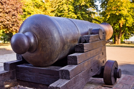 Big fortress defense cannon, a little bit rusty but still able to shoot Stock Photo - 17914300