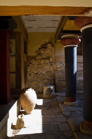 Architecture and potery details from 3500 years ago at the palace of Knossos