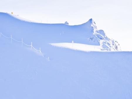 Blinding whiteness near the top of Kaprun glacier Stock Photo - 18752299