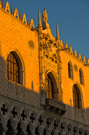 piazza san marco: Architecture detail of Doges Palace or Palazzo Ducale at piazza San Marco in Venice, Italy