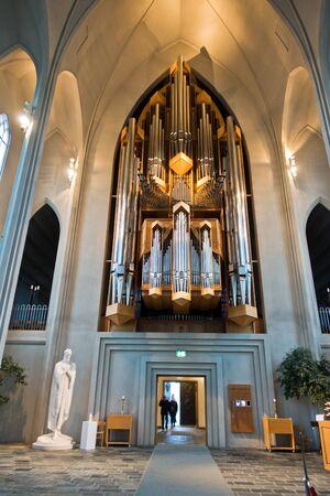 pipe organ: Pipe organ inside Hallgrimskirkja, Reykjavik cathedral, Iceland
