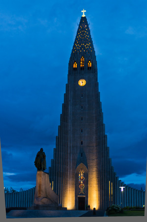 Hallgrimskirkja, Reykjavik cathedral and Leifr Eiricsson monument at twilight, Iceland Stock Photo