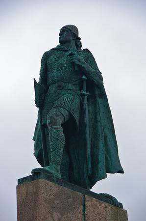 descubridor: Monumento de vikingo Leifr Eiricsson que descubri� Am�rica en el siglo 10, Reykjavik, Islandia