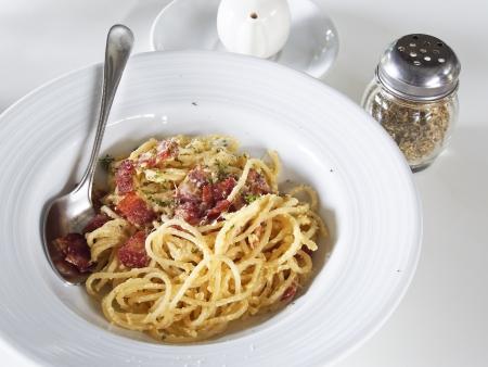 Spaghetti carbonara pasta with bacon, Italian food photo