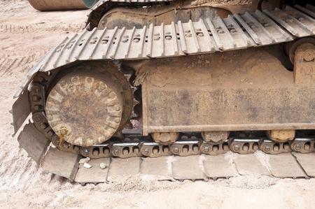 bulldoze: Wheel part of construction