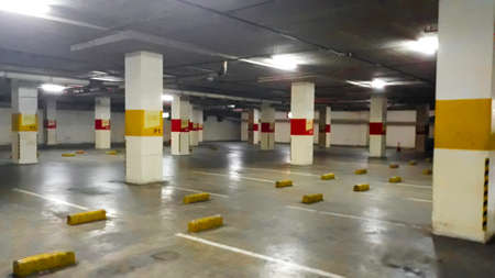 BEKASI, WEST JAVA, INDONESIA. MAY 16, 2019: vehicle parking in the underground garage, in 21 Cinema Bekasi Square. Redactioneel