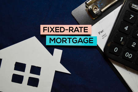 Fixed-rate Mortgage text on sticky notes isolated on office desk. 版權商用圖片