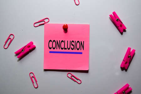 Conclusion text on sticky notes isolated on office desk Stockfoto - 134262080