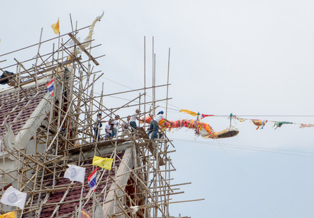apex: how to up gable apex in thai buddhism
