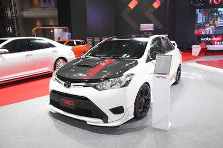modificar: BANGKOK 24 junio: Toyota TRD Modificar establece automóvil en exhibición en Bangkok International Auto Salon 2015 el 24 de junio 2015 en Bangkok, Tailandia.