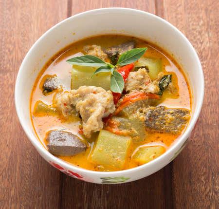 pandilleros: Curry verde con los pescados - Pandillas Kiew Wan