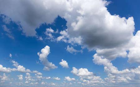 Ciel nuages Banque d'images - 49901187