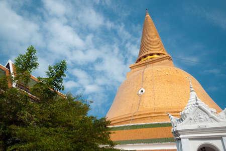 nakhon pathom: Wat Phra Pathom Chedi, Nakhon Pathom, Thailand Stock Photo