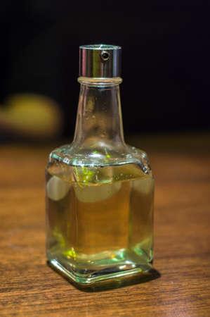 oilcan: bottle glass