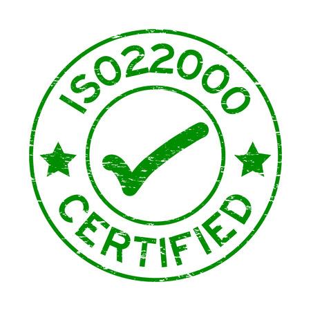 Grunge groene ISO 22000 gecertificeerd met mark pictogram ronde rubberen afdichting stempel op witte achtergrond