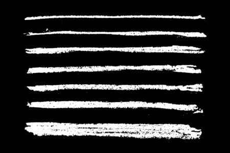 Conjunto de pincel de rayas de textura de tiza blanca grunge sobre fondo negro