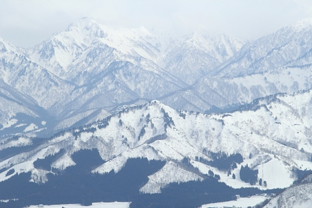 mountain peek: Beautiful view of the snowy mountains