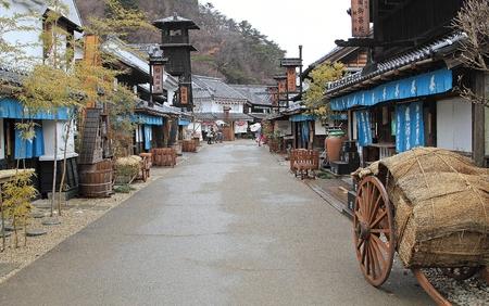 日航、日本 - 2014 年 3 月 2 日: 日光江戸村 (日光江戸村) は江戸時代 (1603年-1868) 日本の町の暮らしを再現する歴史テーマパークです。 報道画像