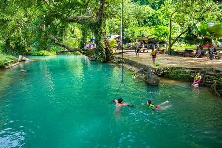 Blue Lagoon in Vang Vieng, Laos Redactioneel