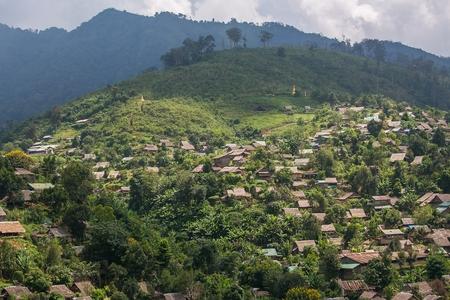 Umphang、タク、タイ北部の山岳民族の村 写真素材