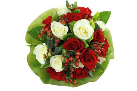 arreglo floral: Ramo de flores aisladas sobre fondo blanco,
