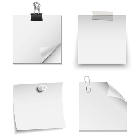 cintas: Conjunto de papel blanco nota con el clip de papel, cinta, y el pin