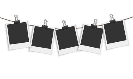 Blank photo frame hanging on a line with paper clip Ilustração