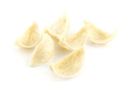 Sec nid d'hirondelle oiseau - alimentaire luxe sur fond blanc Banque d'images