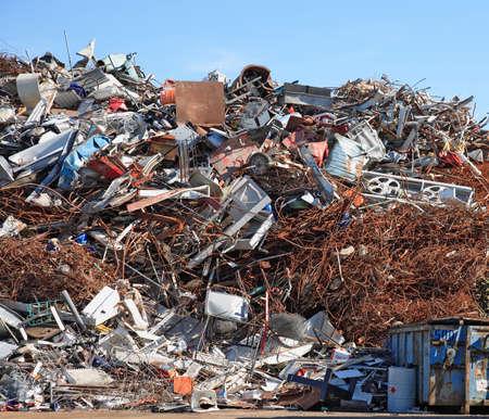 sheet pile: scrap yard