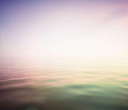 lull: Light glod sea