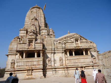 Kumbha Shyam temple of chittorgarh fort was built by Rana Kumbha on the request of his wife Meera Bai as she dedicatedly worshipped Lord Vishnu Editöryel